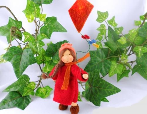 Drachenmädchen - Blumenkind Jahreszeitentisch