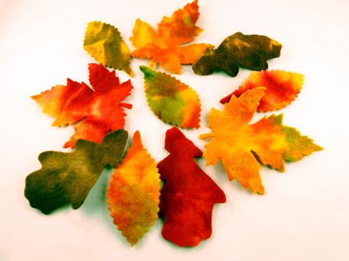Herbstblätter aus Filz marmoriert zum Basteln und Dekorieren im Set, 8 cm